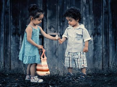 6 Cara Sederhana Ajarkan Si Kecil Toleransi