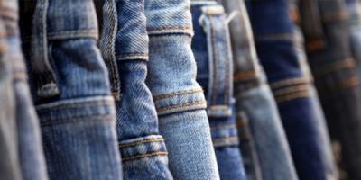 Mencuci jeans dengan Garam